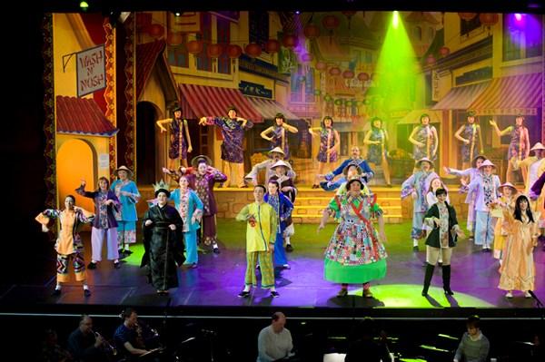 Aladdin 5 & Aladdin Pantomime Costumes for Hire