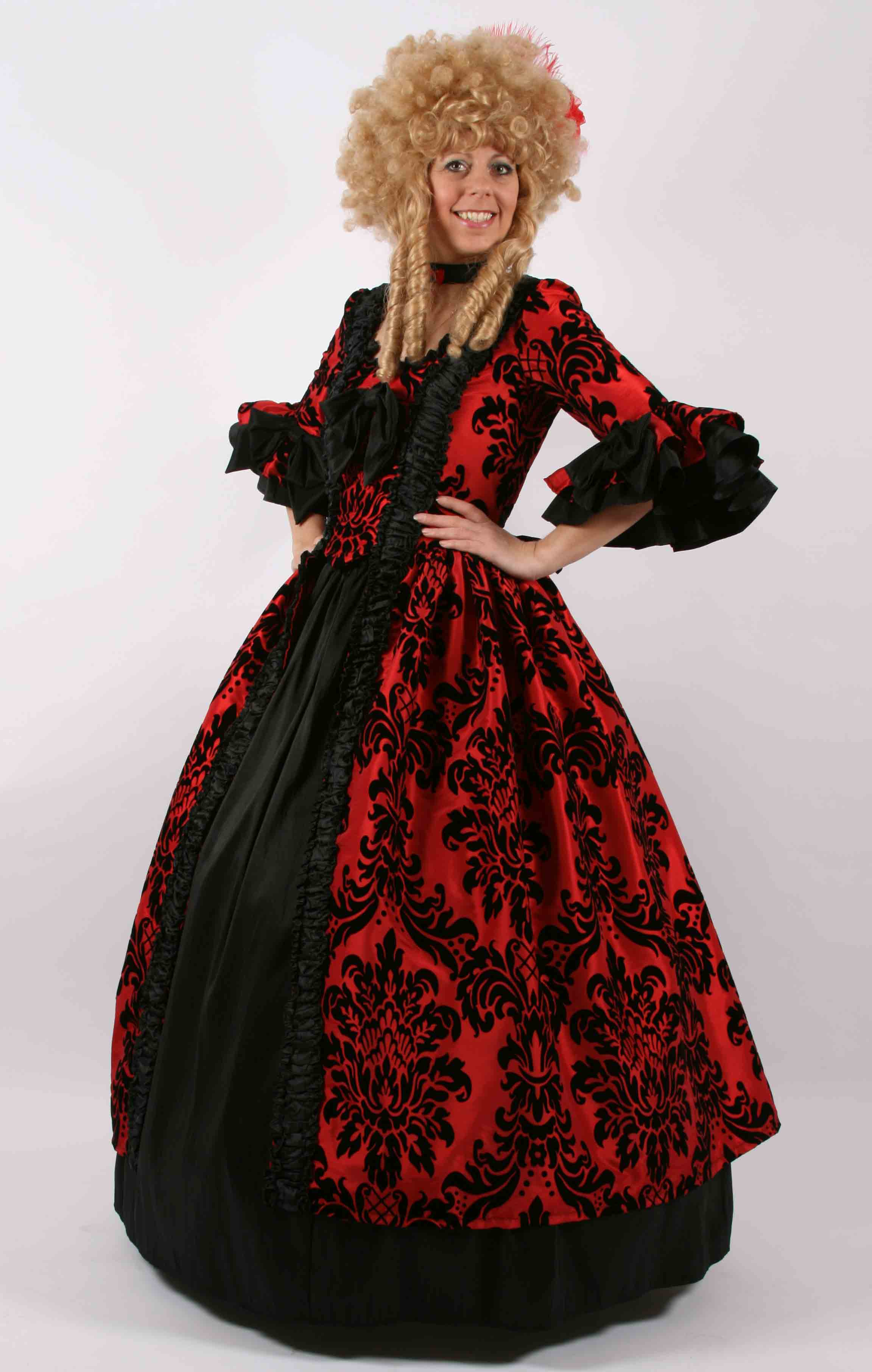 Theatrical quality Georgian and Masquerade costumes for hire