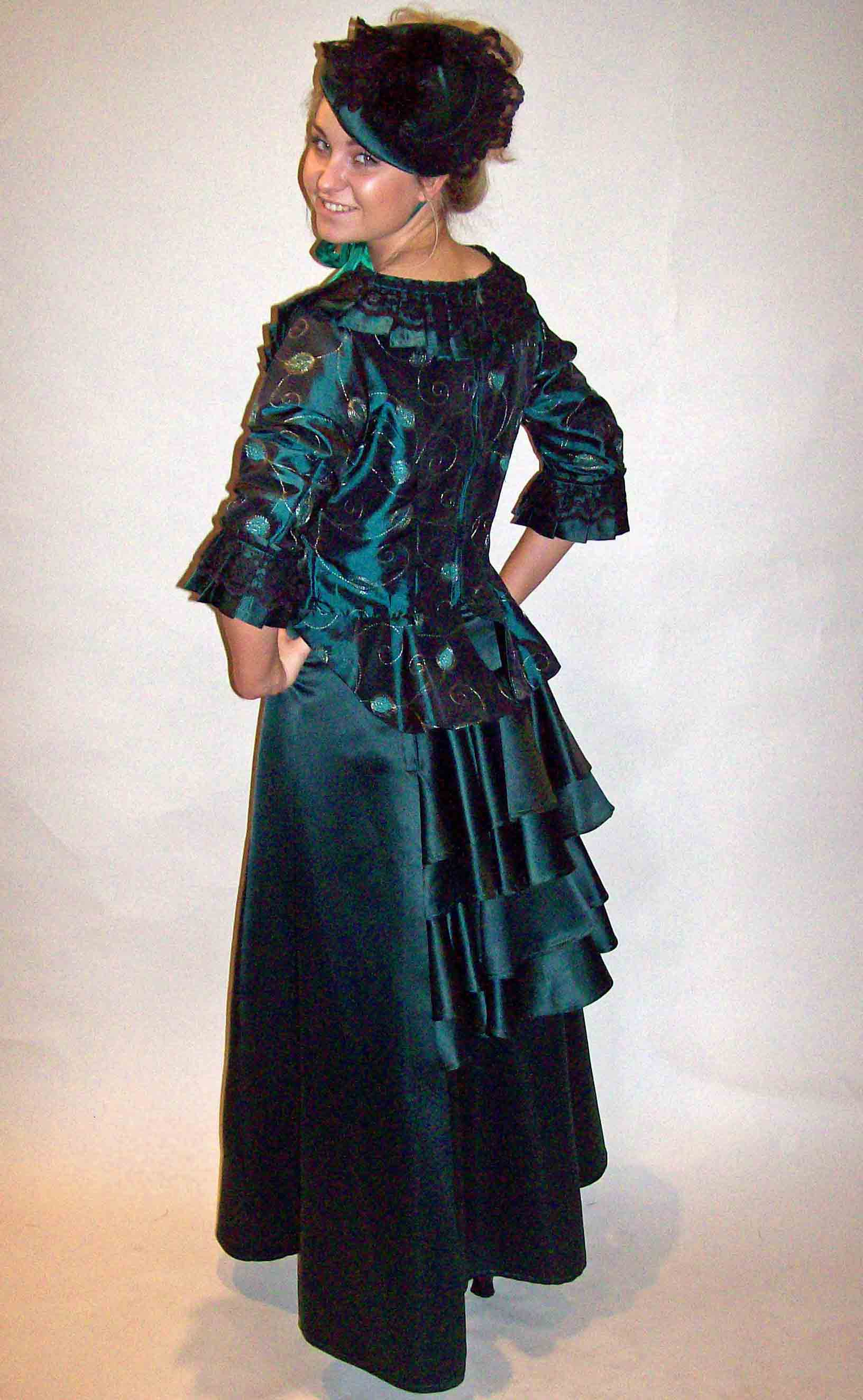 Victorian Costume Theatrical Vict...