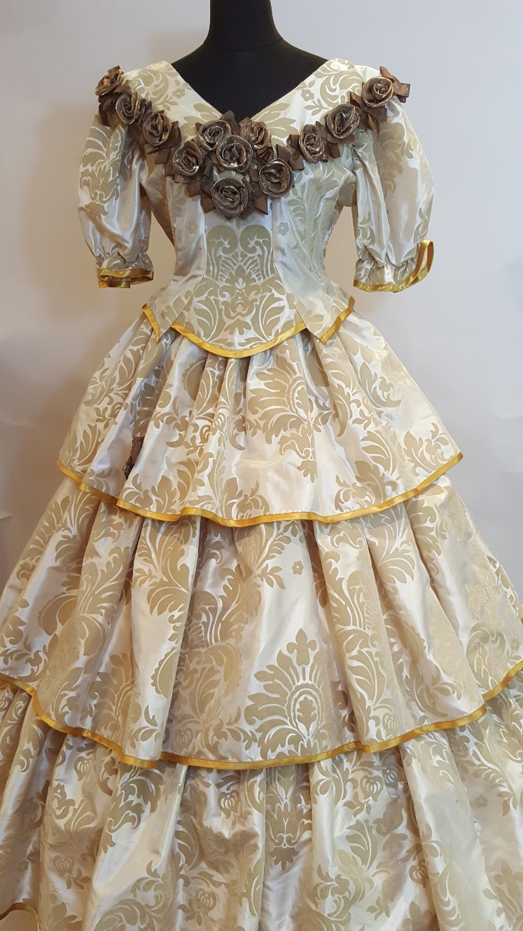 young victoria fancy dress ideas
