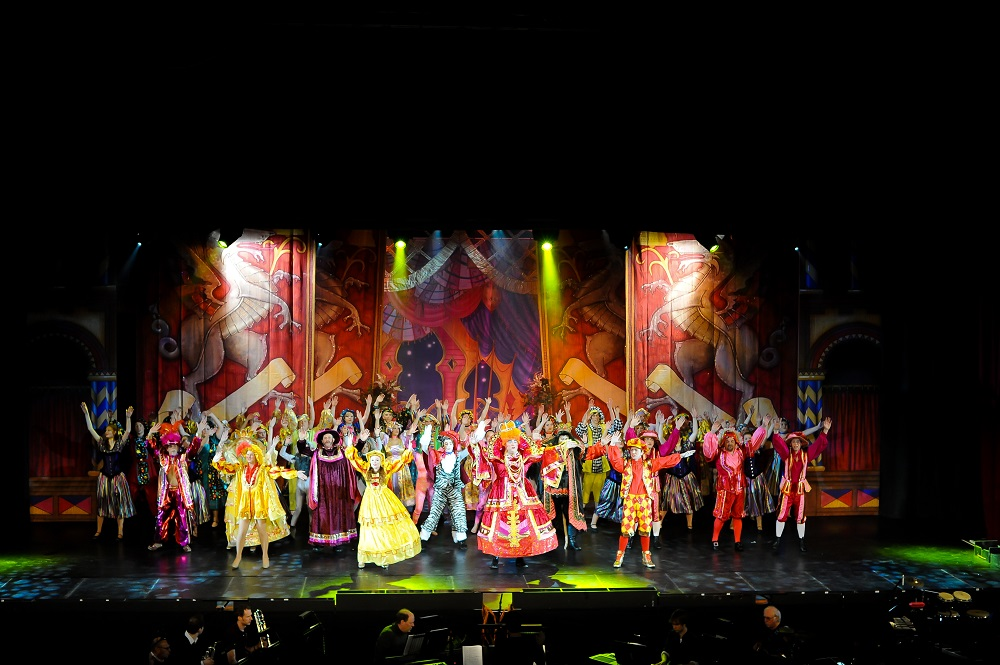 red and gold panto designs