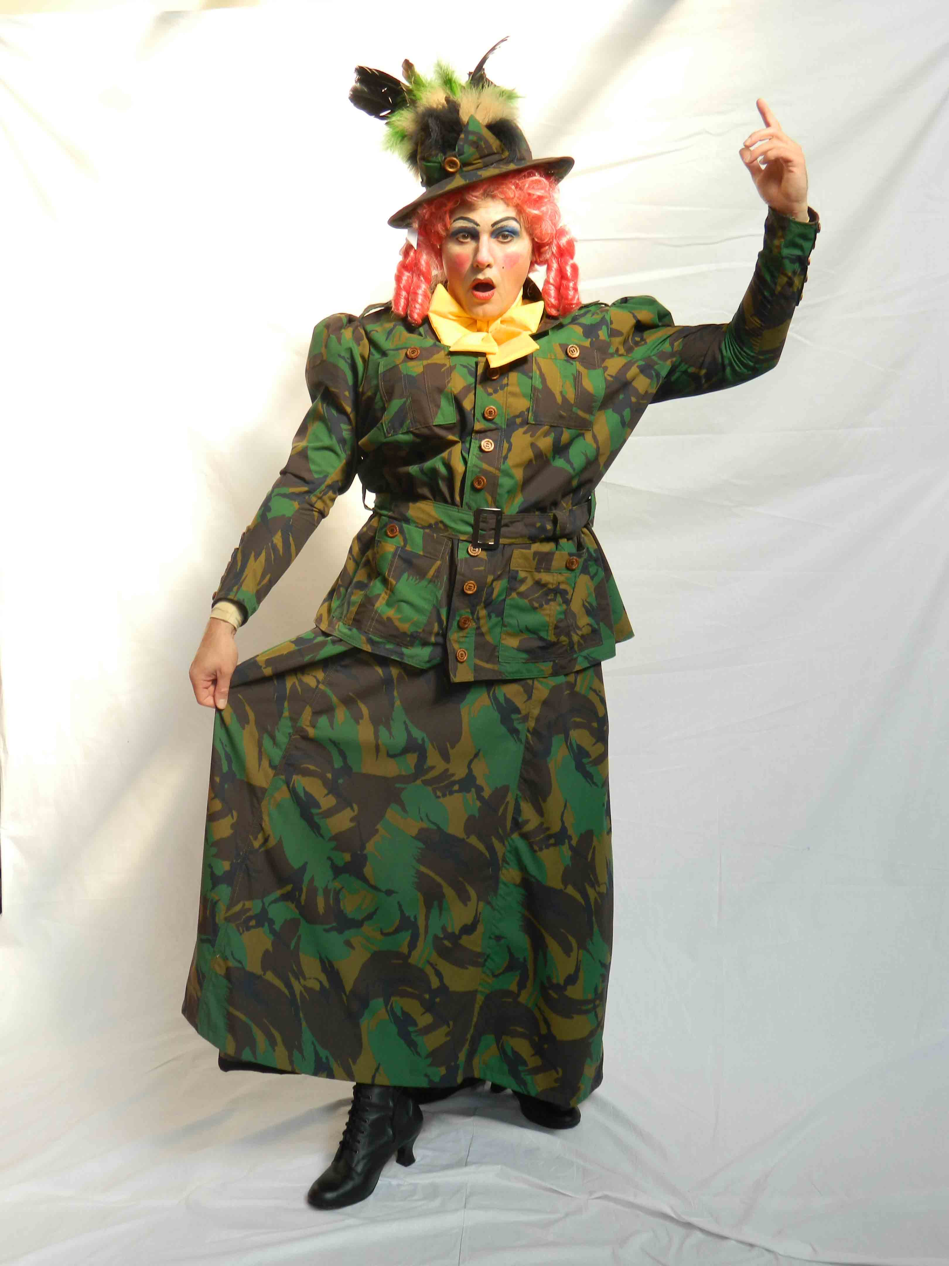 Panto Dame - Jungle Expedition